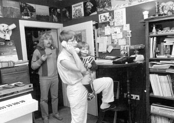 Reinhard Lakomy and family, 1987