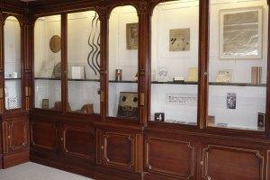 Rainier Lericolais' Cabinet of Curiosity