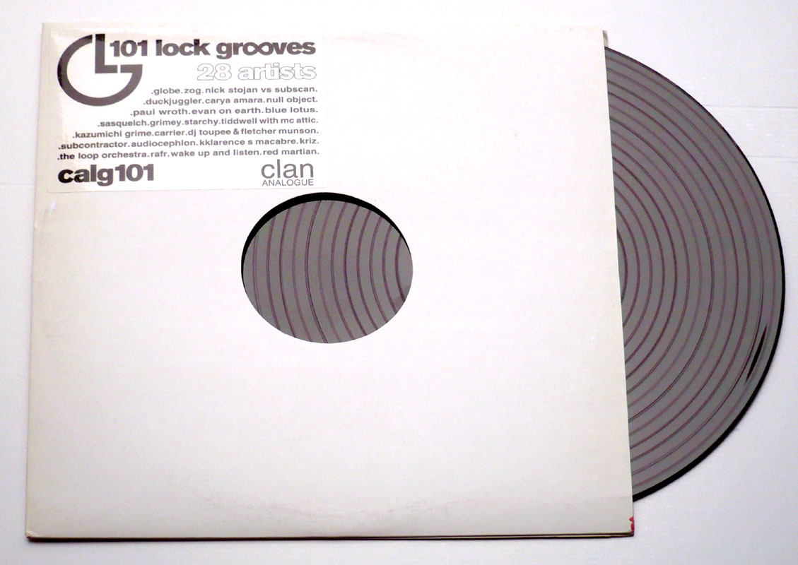 Various The Groove Strikes Back